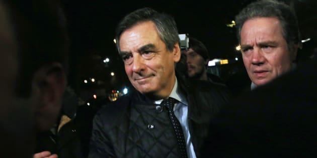 François Fillon, arrivant à son QG de campagne, le soir du premier tour de la primaire de la droite.