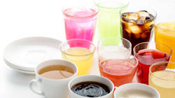 Te sorprenderá saber cuánta azúcar tiene un jugo verde; un chai latte… ¡ni se