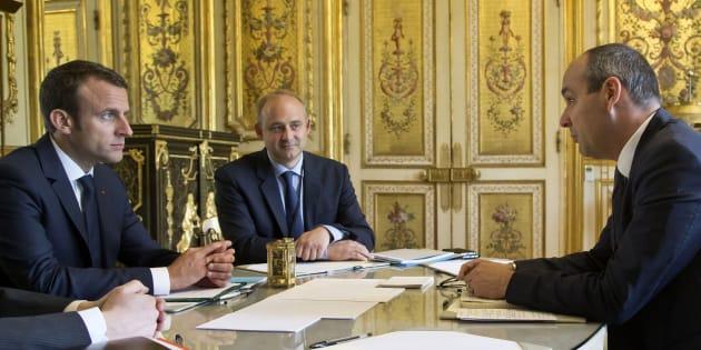 Emmanuel Macron face au secrétaire général de la CFDT Laurent Berger, le 23 mai à l'Élysée.