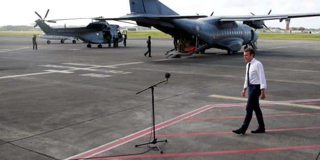 Macron aux Antilles juste avant sa prise de parole.