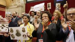 Andalucía aprueba la pionera Ley de Memoria