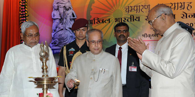 President Pranab Mukherjee with Bihar Governor Ram Nath Kovind and Chief Minister Nitish Kumar inaugurating the centenary celebration of Champaran Satyagrah on April 17, 2017 in Patna
