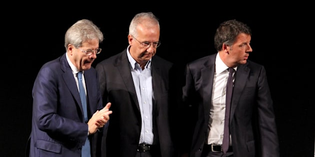 ROME ITALY OCTOBER 14:Italian Prime Minister Paolo Gentiloni (L) talks  former mayor of Rome Walter Veltroni (C) and former prime minister Matteo Renzi (R), during an event to celebrate 10th anniversary of Democratic Party (PD), at the Eliseos theatre in Rome, Italy                         PHOTOGRAPH BY Marco Ravagli / Barcroft Images (Photo credit should read Marco Ravagli / Barcroft Images / Barcroft Media via Getty Images)