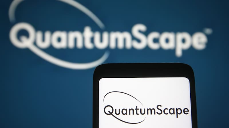VW-backed QuantumScape testing a 10-layer solid-state battery cell
