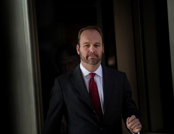Fed prosecutors aim for probation for ex-Trump aide