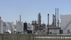 Las refinerías de AMLO y la ausencia de las energías renovables en su