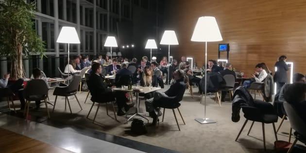 L'attentato di Strasburgo vissuto dentro all'Europarlamento, il terrore affogato nello spumante