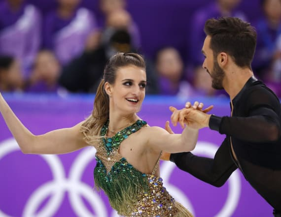 Ice dancer suffers 'nightmare' wardrobe malfunction