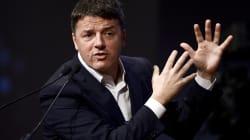 Renzi mostra l'estratto conto: