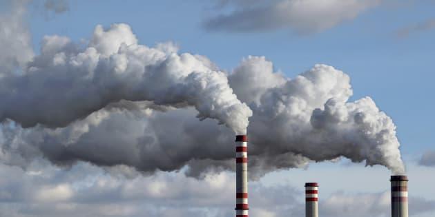 De nouveaux polluants de l'air comme le 1,3-butadiène mis sous surveillance par l'Anses