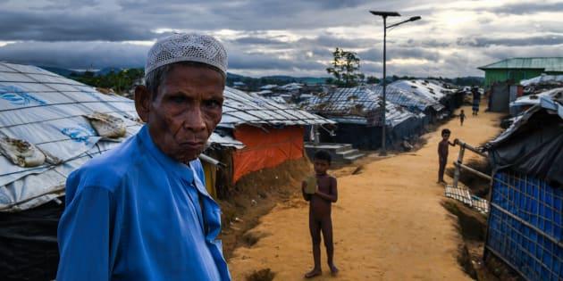 Les photographes Chandan Khanna et Ed Jones sont allés dans les camps situés au Bangladesh plus tôt au mois d'août.
