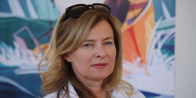 Brigitte Macron : Valérie Trierweiler lui souhaite