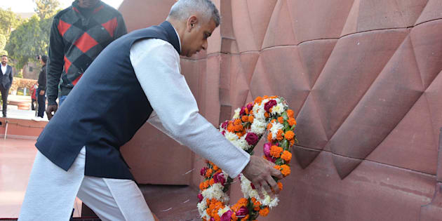 London Mayor Sadiq Khan lays a wreath to martyrs at Jallianwala Bagh, on December 6, 2017 in Amritsar, India.