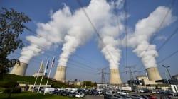 Macron promet la fermeture de 14 réacteurs nucléaires d'ici