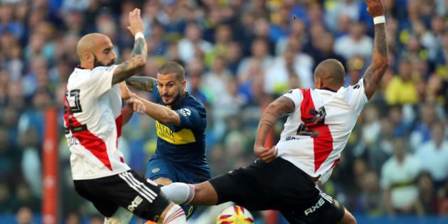 Jogo entre Boca Juniors e River Plate promete parar a Argentina neste sábado.