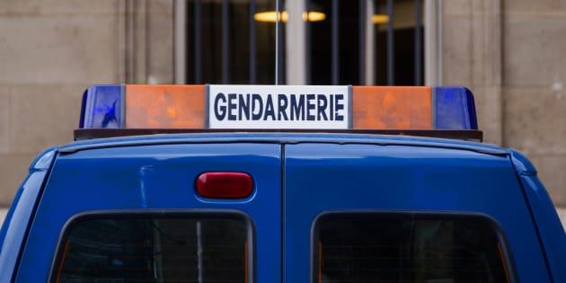 Bretagne : il perd un pari et se retrouve nu… devant les gendarmes