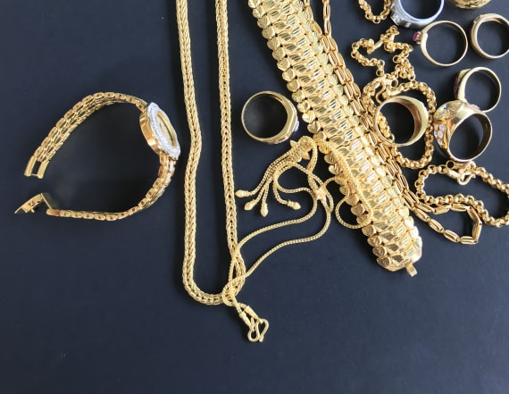 This is the best way to store all of your jewelry