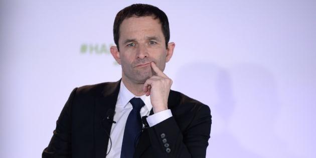 Pour Hamon, Macron est un président