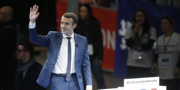 Emmanuel Macron lors de son meeting à Lyon samedi 4 décembre. REUTERS/Robert Pratta