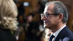 Nuovo affondo dei 5 Stelle contro Roberto Garofoli, capo di Gabinetto del Tesoro: