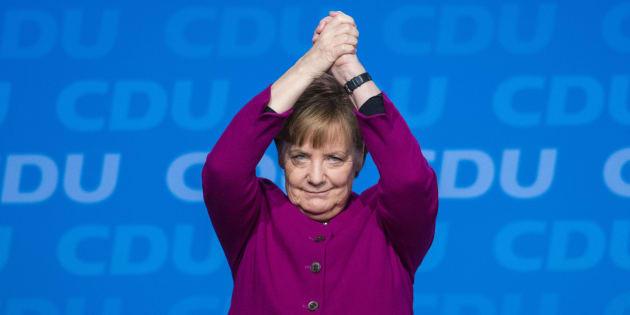 """Le SPD vote pour une """"Grande coalition"""" avec Merkel, l'Allemagne va enfin avoir un gouvernement"""
