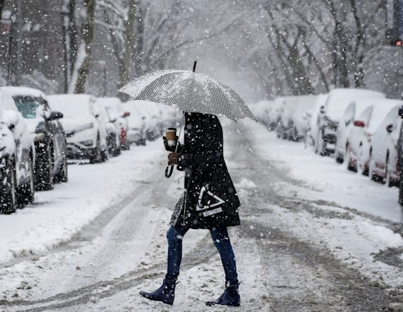 Snow to hit mid-Atlantic and northeastern corridor