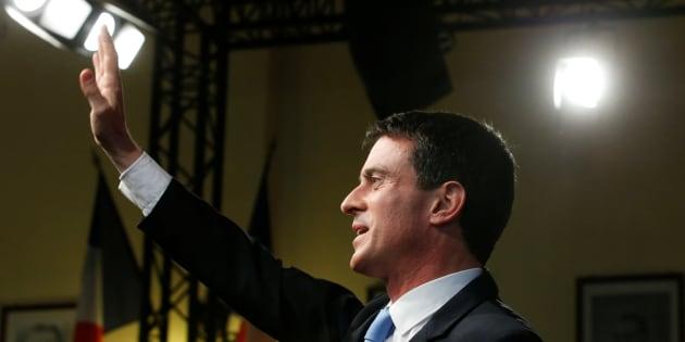 Manuel Valls réunit ses proches pour évoquer la campagne de Benoît Hamon.