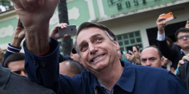 Para Bolsonaro, Haddad é 'pau mandado de corrupto'.