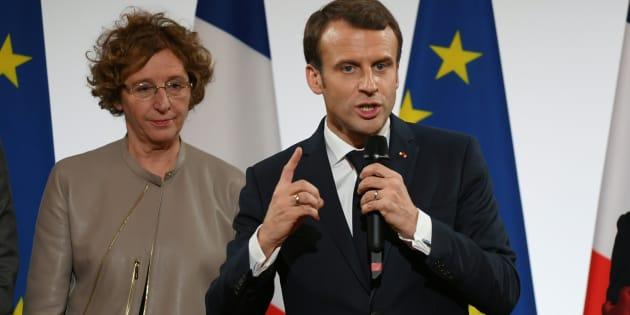 Comment Emmanuel Macron a renié sa promesse de l'assurance chômage universelle.
