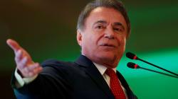 Alvaro Dias quer tributação 'sem papelada' e fim de impostos como PIS e