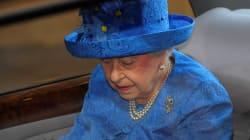 La regina legge il programma del governo che non