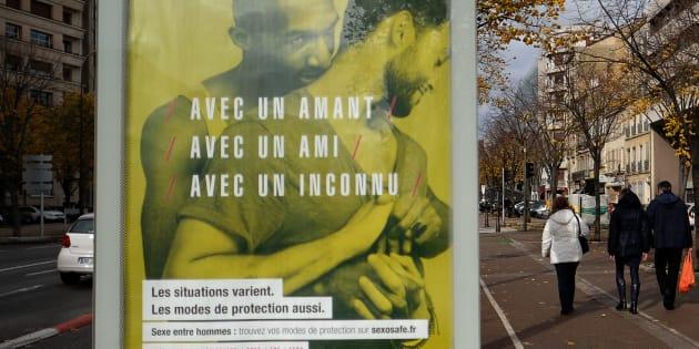 La justice annule l'interdiction prise par un maire contre des affiches montrant des homosexuels