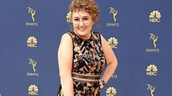 This Comedian Messed With Emmy Photographers In The Most Genius