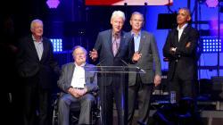 Les ex-présidents américains réunis pour les sinistrés des ouragans sans Trump, leur cible