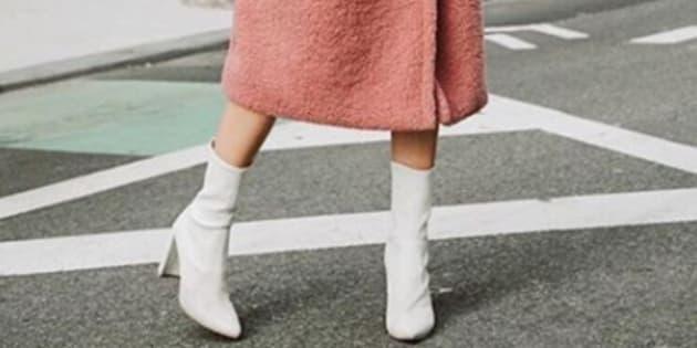 Les bottes blanches ne sont plus un symbole ultime de ringardise, la preuve.