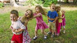 Progrès et préoccupations pour les tout-petits au