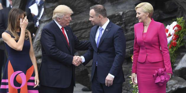 Trump s'est pris un vent magistralement de la part de la première polonaise.