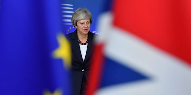 Theresa May arrivant au Conseil européen à Bruxelles ce mercredi 17 octobre.