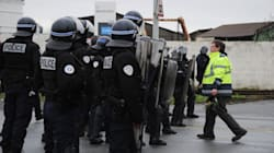 Un syndicat de policiers se met en grève en solidarité avec les gilets