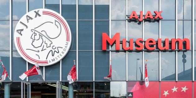 """Ajax Amsterdam - Lyon: comment l'Ajax vit sur ses acquis de """"club mythique"""" depuis des décennies"""