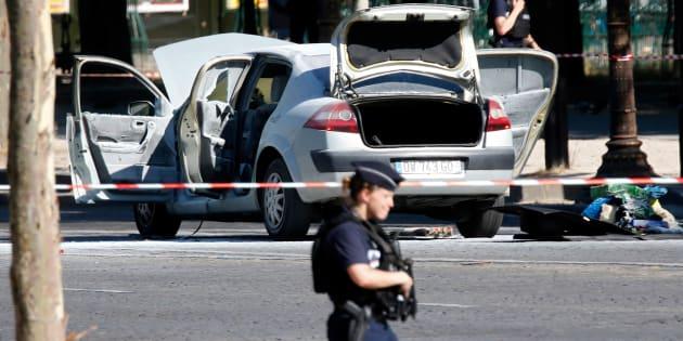 Charles Platiau / Reuters