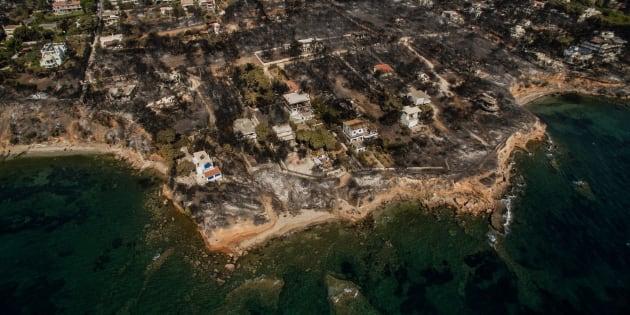 Grèce: L'incendie qui a fait plus de 80 morts soupçonné d'être criminel.