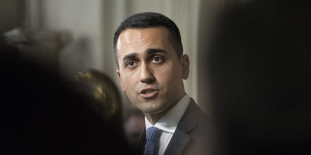 Luigi Di Maio, leader of the Five Star Movement, speaks during a news conference following a meeting with Italian President Sergio Mattarella, not pictured, at the Quirinale Palace in Rome, Italy, on Thursday, April 5, 2018. Di�Maio says his party seeks to sign a government contract with either the League or the Democratic Party based on the German coalition model. Photographer: Alessia Pierdomenico/Bloomberg via Getty Images