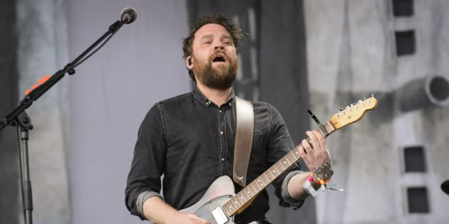 Líder de Frightened Rabbit, Scott Hutchinson, es hallado muerto