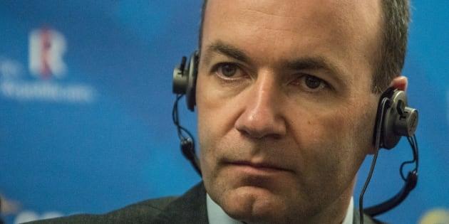 """Popolari vs. Populisti. Weber (Ppe) a M5S e Lega: """"State giocando col fuoco"""""""