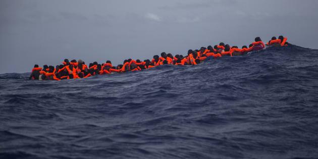 """""""Mille persone alla deriva e l"""