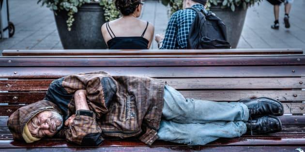 Au-delà de la prévention, le logement social constitue une solution durable pour les personnes ayant vécu l'itinérance.