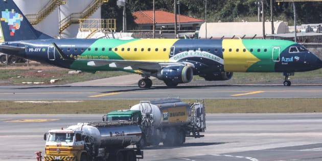 Aeroporto Internacional de Brasília é atingido por greve dos caminhoneiros.