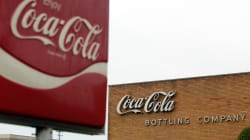 Caen ganancias de Coca-Cola; eliminará 1,200
