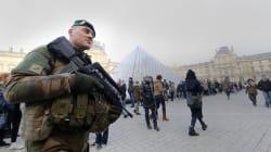Attaque du Louvre: le suspect sort du silence et confirme être Abdallah